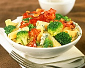 Tortiglioni with broccoli, bacon and Bleu d'Auvergne
