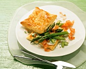 Savoury puff pastries with green asparagus & smoked salmon