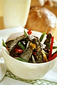 Beef and pepper salad with mustard dressing