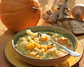 Creamed vegetable soup with cauliflower and pumpkin