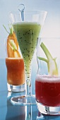 Beetroot juice & fennel, kiwi fruit & whey drink & carrot juice