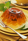 Fruit tea jelly with mint