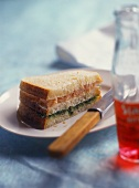 Triple-decker sandwich with tuna and rocket pesto