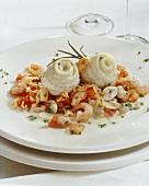 Fish rolls with tomato & mushroom rice