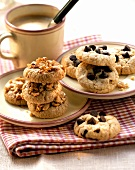 Chocolate chip cookies and peanut cookies (from USA)