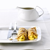 Crêpes with apple filling
