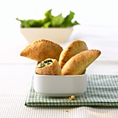 Spinach and sheep's cheese pasties for diabetics