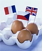 Drei Eier mit Fähnchen