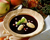 Elderberry soup with semolina dumplings