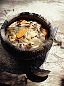 Cholent with chicken (stew of pulses with chicken, Israel)