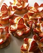 Sablés à la fraise (butter biscuits with strawberries, France)