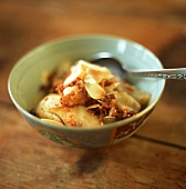 Pear dessert with ginger and honey
