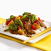 Strips of beef with vegetables, Thai style