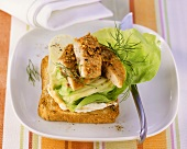 Toast with mackerel fillet and cucumber