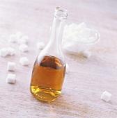Caramel syrup and sugar cubes