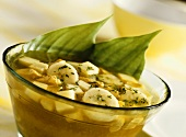 Chicken soup with banana and apple (India)