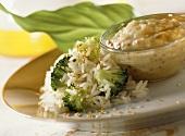 Rice with broccoli and sesame; sauce