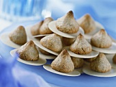Coconut pyramids on baking wafers