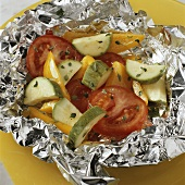 Vegetables in aluminium foil (for barbecuing)