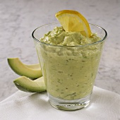 Avocado dip with lemon