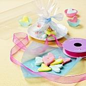 Pastel-coloured sugar hearts