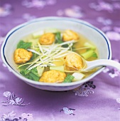 Soup with deep-fried fish balls