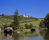Canal de Bourgogne bei Vandenesse-en-Auxois, Côte d'Or, France.