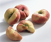 Peaches (Prunus persica), variety 'Pesche platicarpa'