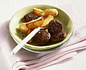 Liver burgers with fried potatoes