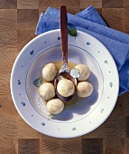 Sirniki (small curd cheese dumplings, Baltic region)