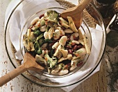 White bean salad with artichoke hearts and tofu