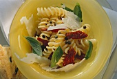 Fusilli (spiral pasta) with dried tomatoes & capers