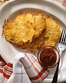 Rhenish potato pancake with cranberry jam