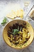 Pappardelle asparagi e tartufo (Pasta with asparagus & truffles)