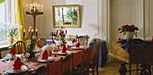 Festive table set in Italian Renaissance style