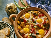Braised vegetables with eggs in earthenware pot