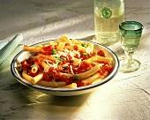 Maccheroni al pomodoro (Macaroni with tomato sauce)
