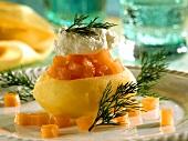Potatoes with smoked salmon & horseradish cream topping