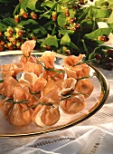 Sacchetti ai funghi (Marinated mushrooms in Parma ham)