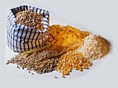 Types of cereal, cornflakes, oat flakes & grains of corn