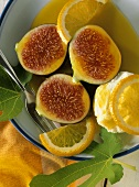 Fichi alla Gattopardo (Figs with orange sauce & ricotta)