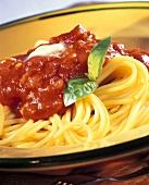 Spaghetti al pomodoro (Spaghetti mit Tomatensauce, Italien)