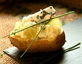 Potato with grape and blue cheese stuffing