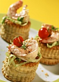 Shrimps vol-au-vents with strips of iceberg lettuce
