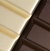 weiße und dunkle Schokolade (Ausschnitt)