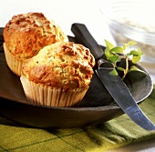 Savoury muffins with herbs and cheese