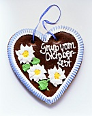 Gingerbread heart for Oktoberfest, blue & white checked ribbon