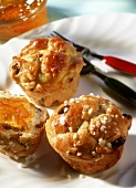Muffins alla milanese (panettone muffins, Italy)