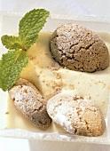Zabaione con gli amaretti (whipped wine cream, Italy)