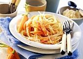 Spaghetti alle carote (Spaghetti with carrot & garlic sauce)